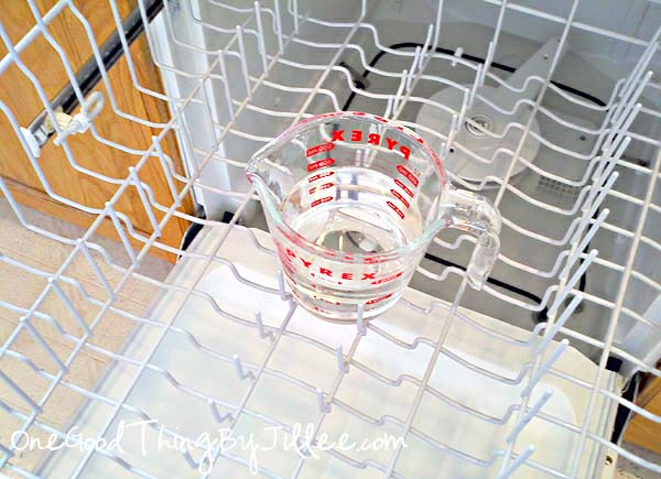 How to get your dishwasher squeaky clean and smelling fresh! – Did this today an