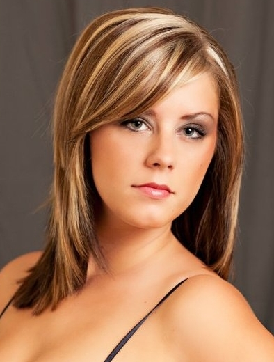 Стрижки и колорирование на средние волосы