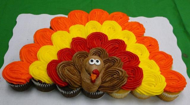 Thanksgiving Turkey Cupcake Cake | Most Popular Pins