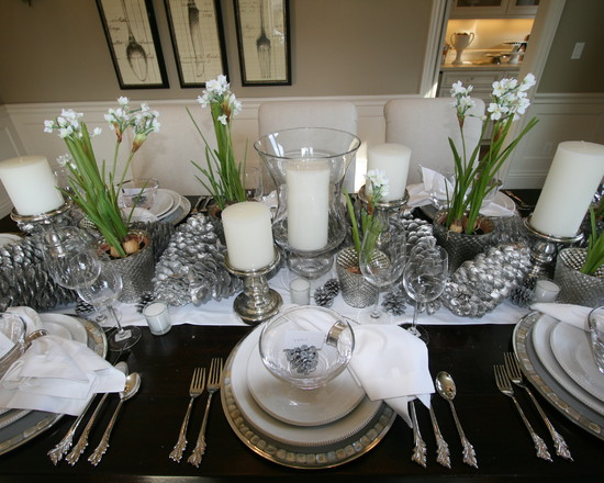 Silver And White Christmas Table Setting Design from Houzz  : 200339 SilverAndWhiteChristmasTableSettingDesignfromHouzz from webcodeshools.com size 550 x 440 jpeg 84kB