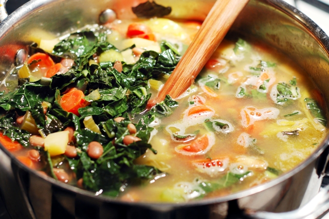 Skinny Detox Soup! PACKED with veggies and super healthy!!! | PinPoint