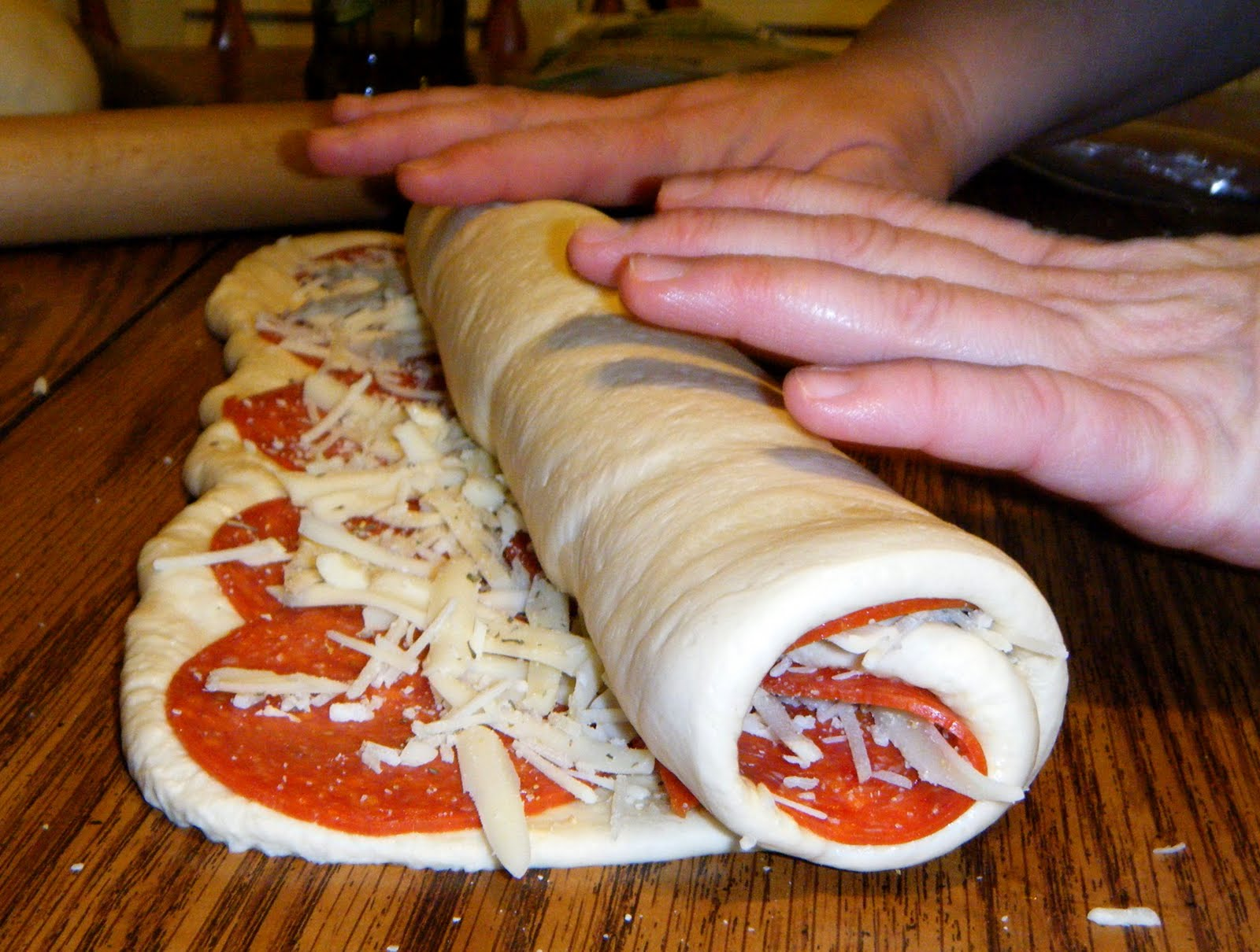 Pepperoni Rolls: Great Idea for a quick and easy supper ...