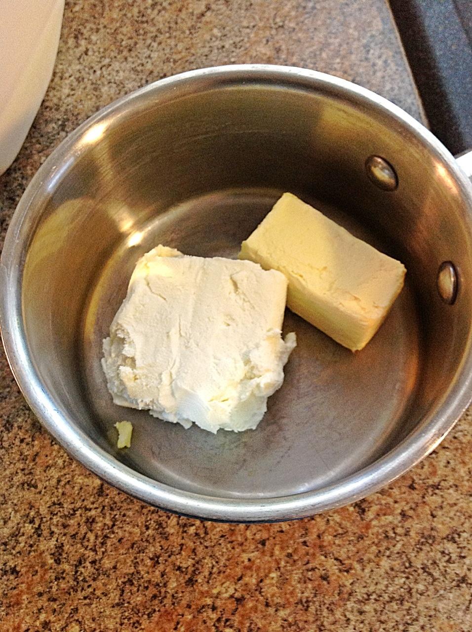 homemade alfredo sauce with cream cheese