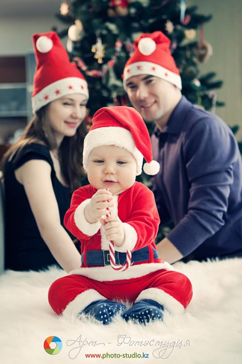Family christmas photo shoot ideas the for Creative family photo shoots