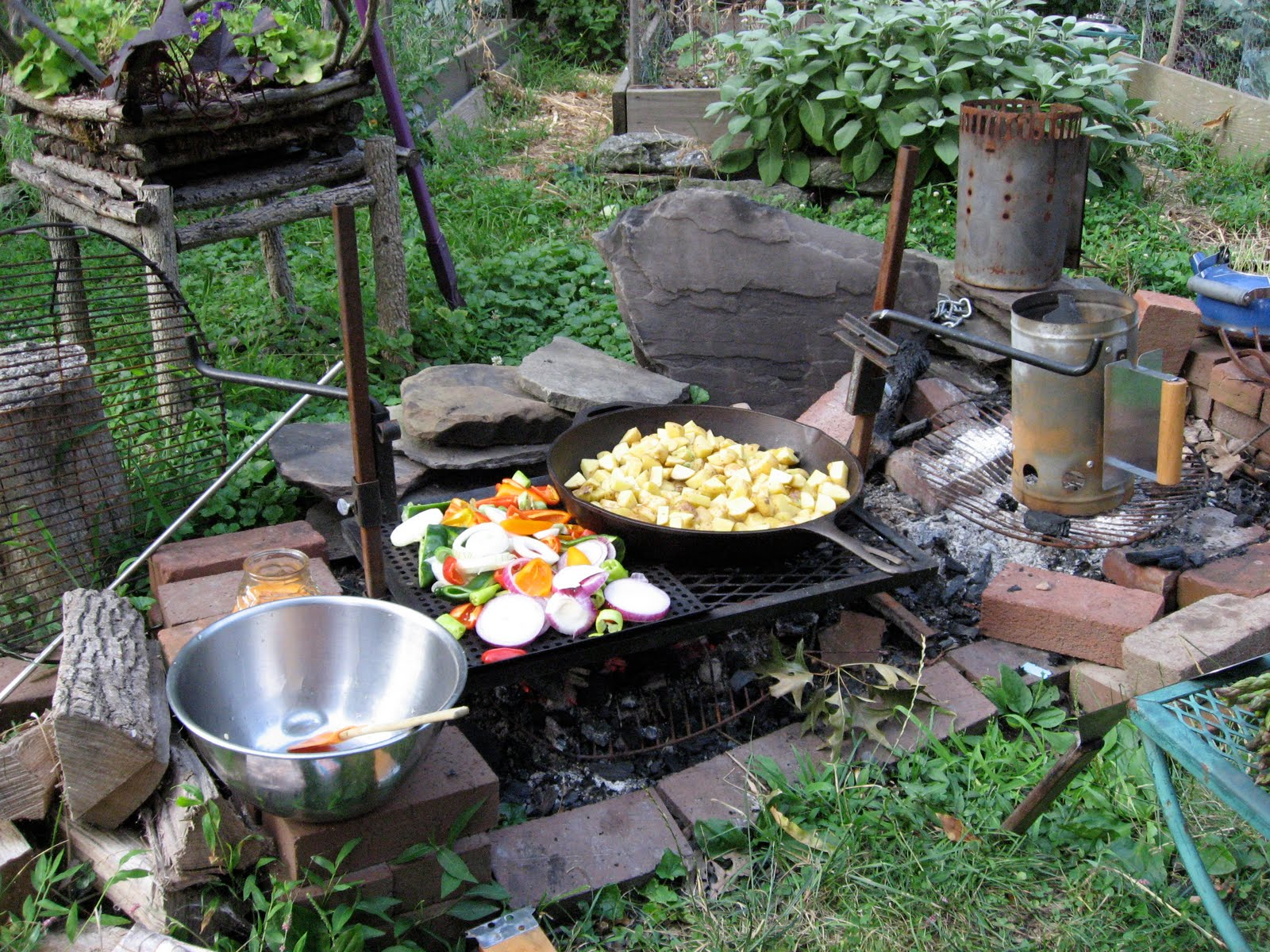 Cast iron fire pit for Cuisine outdoor
