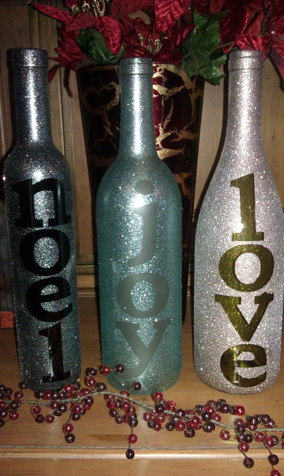 Wine bottle christmas decor pinpoint for Wine bottle decoration with lights