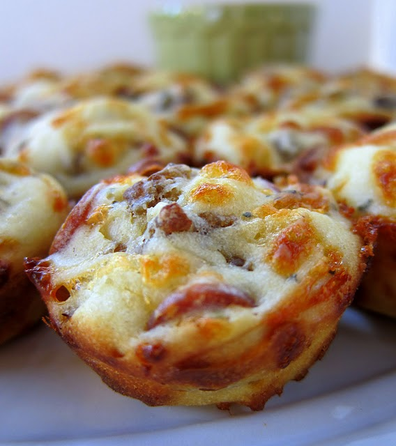 Sausage & Pepperoni Pizza Puffs. Appetizer, football food, Christmas ...