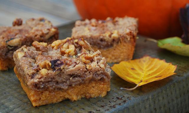 Pumpkin Crunch Cake ⋆ PinPoint
