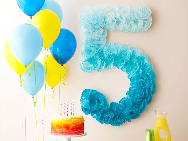 Украшаем день рождения ребенка своими руками