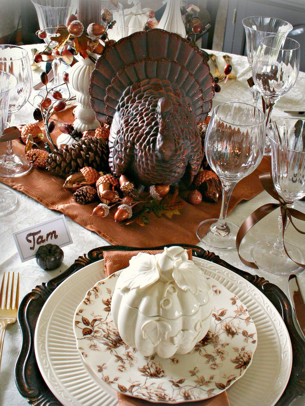 Thanksgiving Table Decorations PinPoint