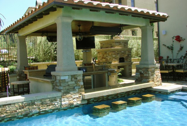 Backyard Designs With Pool And Outdoor Kitchen : Pics Photos  Backyard Designs With Pool Outdoor Kitchen Ideas
