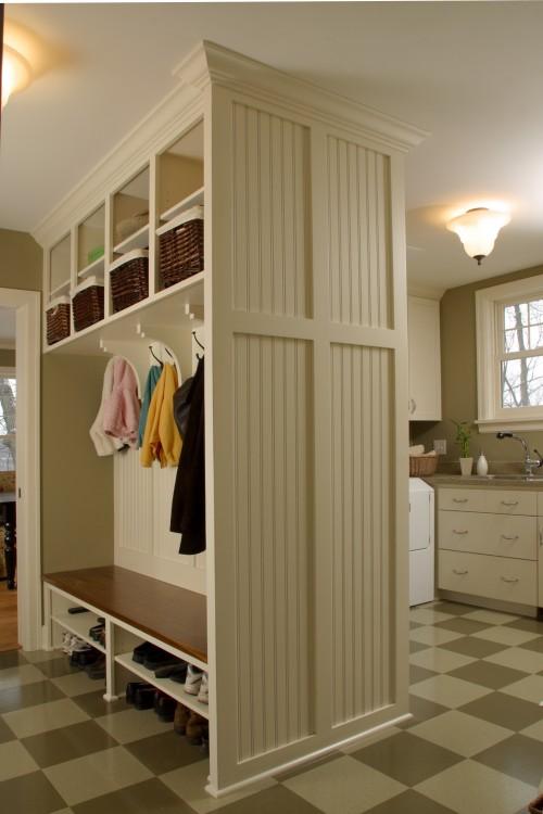 Laundry room mud room pinpoint - Mudroom designs laundry room ...