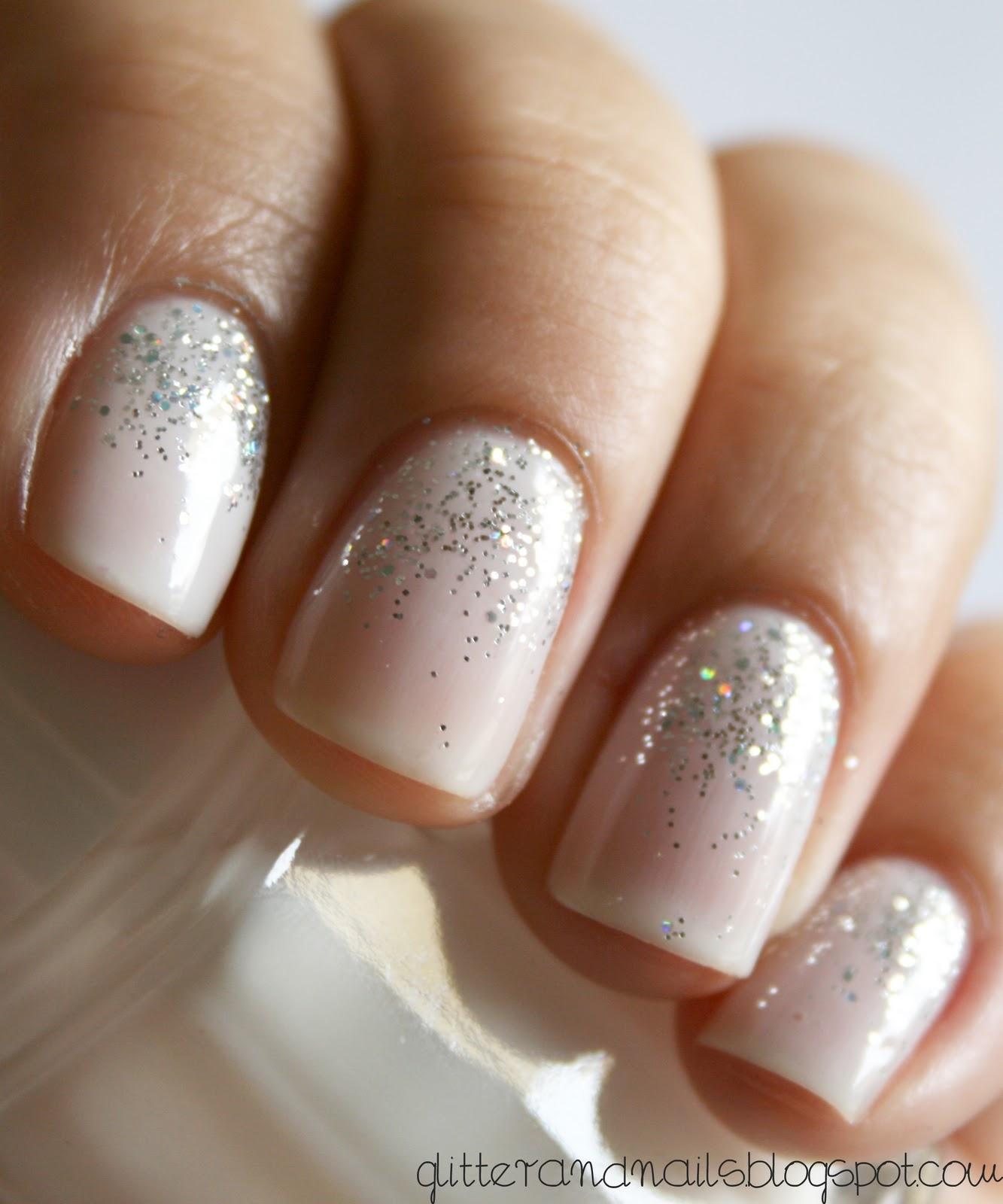 Фото ногтей серебристыи блестками 5
