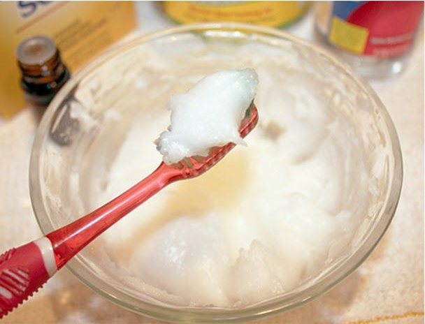 The Best DIY Toothpaste To Reverse Cavities and Maintain An Optimal Oral Health