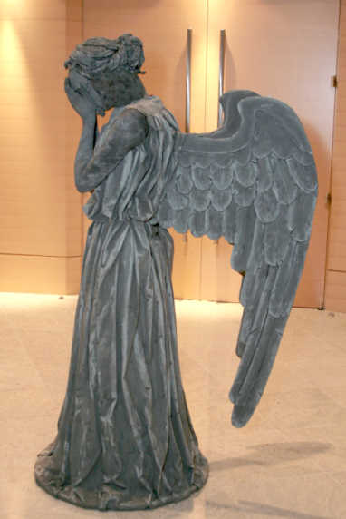 How to make a weeping angel costume from Doctor Who!!!! OMG.