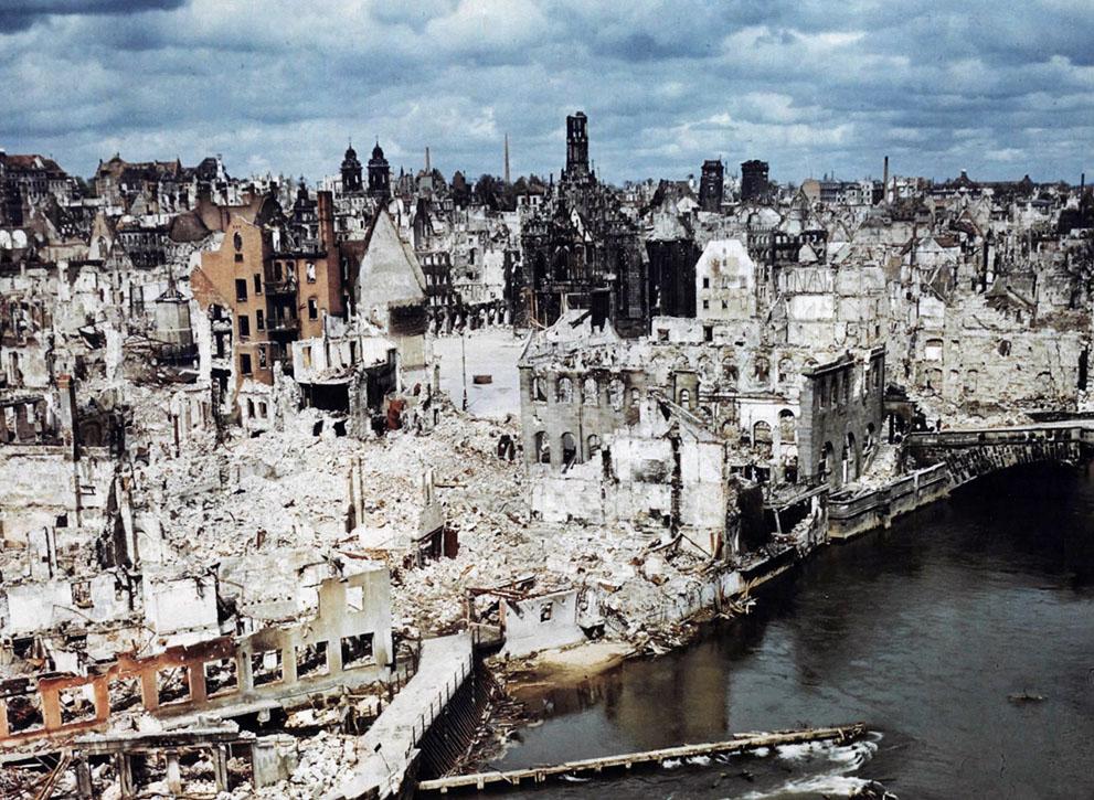 Nürnberg, Germany in ruins, Jun 1945.