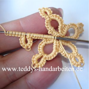 WOW!!   Crochet tatting tutorials – this site is full of great tutorials for all