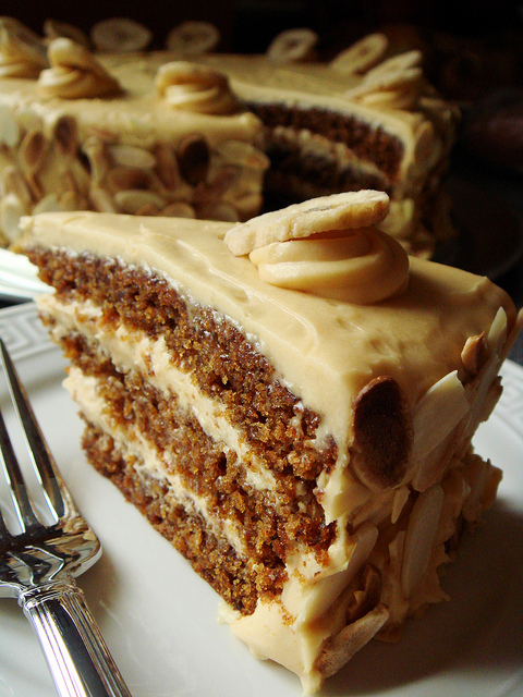 Can You Use Cream Cheese Frosting For Cake Decorating