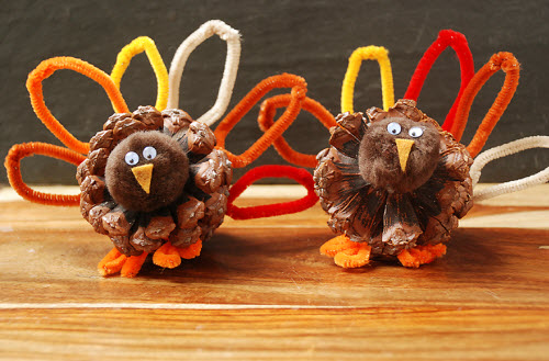 pinecone turkey craft preschool crafts for thanksgiving turkey pine cone 2686