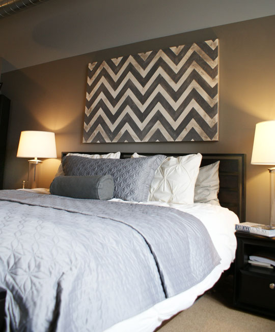 chevron above bed