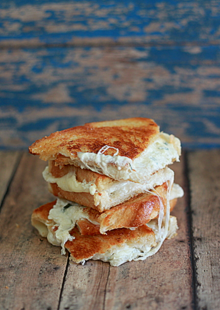 White Pizza Grilled Cheese | 'cause i needs more pizza in my diet…