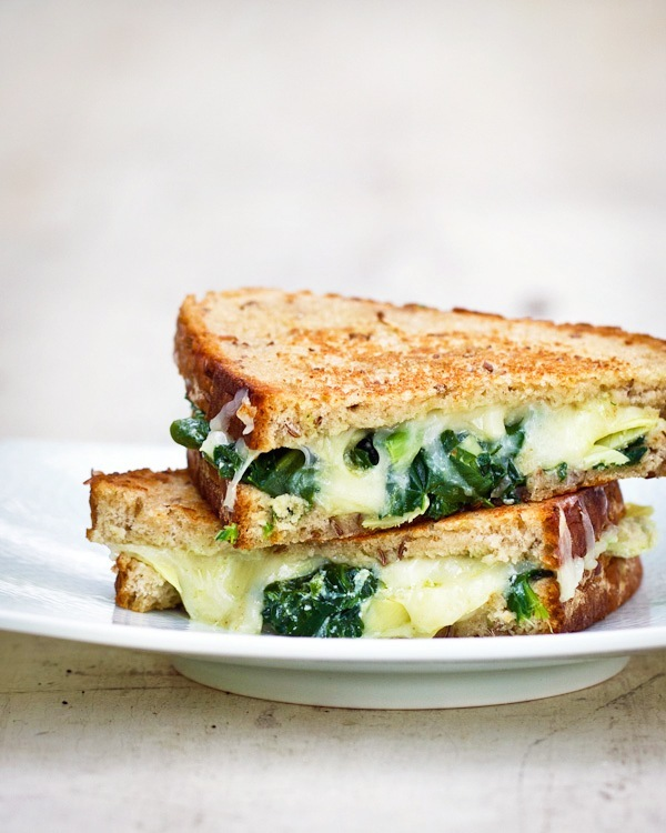 spinach cheese grilled cheese