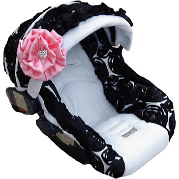 Cutest carseat ever! This site has really cute baby stuff…