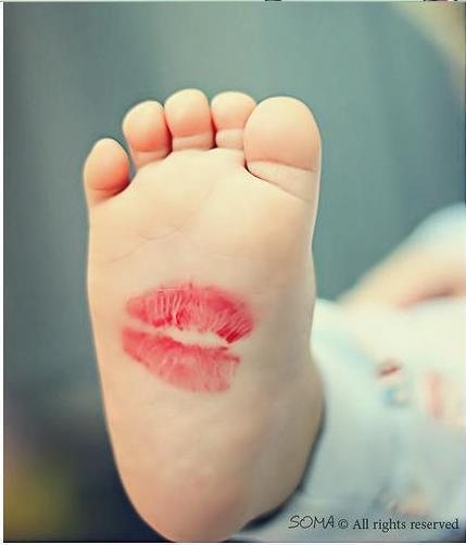 Baby feet are so cute