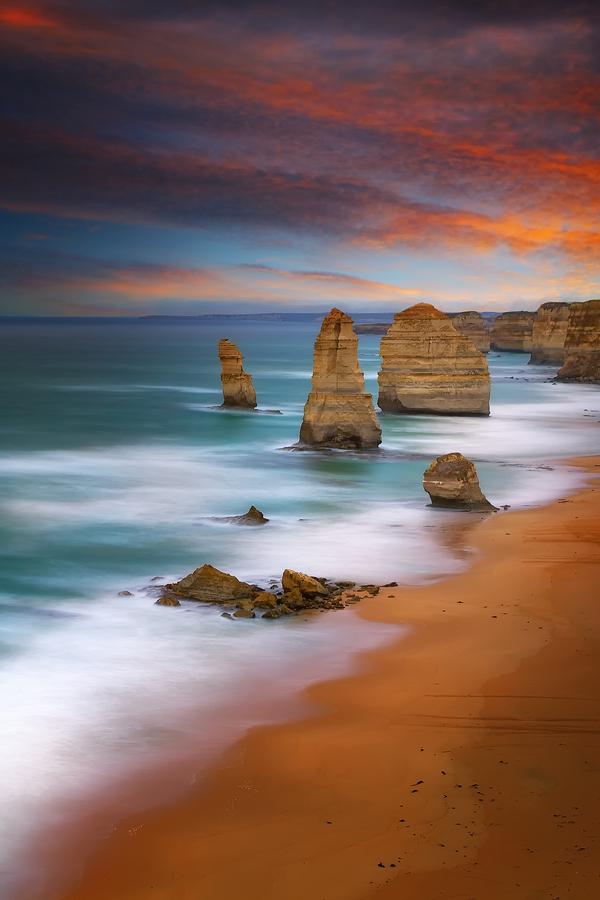 The Twelve Apostles Victoria Australia PinPoint
