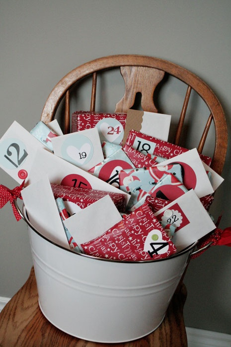 I love this, CHRISTMAS BUCKET…Kids unwrap an activity a day……write letters