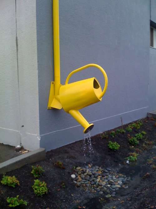 Watering can downpipe