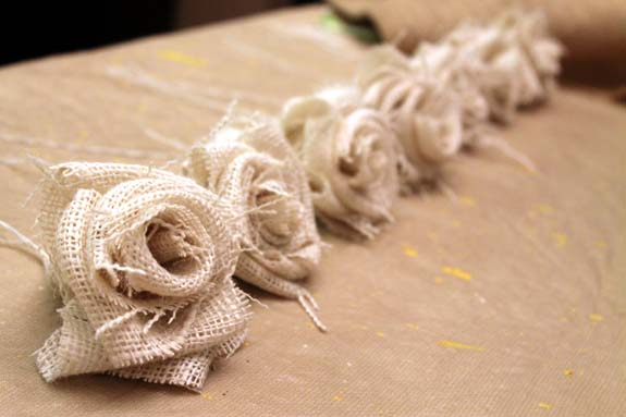 Great tutorial on how to make burlap flowers