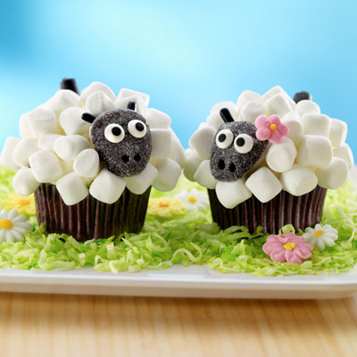 Lamb Cupcakes – too cute for Easter!!
