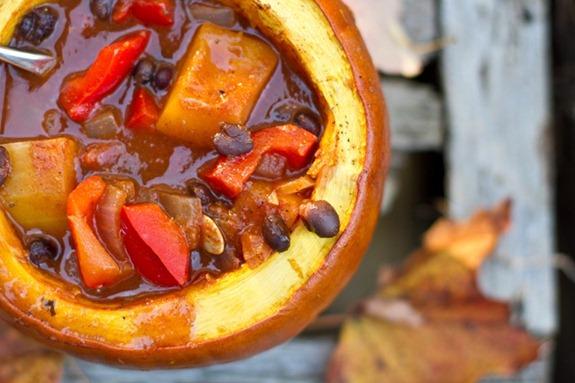Butternut squash chili (vegan fall comfort food)