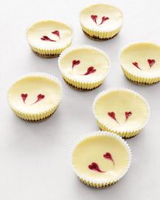 Cheesecakes with Raspberry hearts mmmm