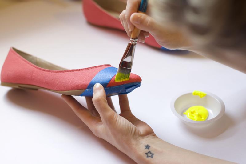 DIY: Colorblock ballet flats