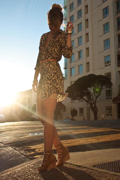leopard print dress.