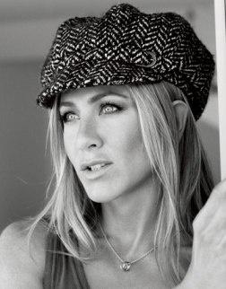 Jennifer Aniston dizzynicky