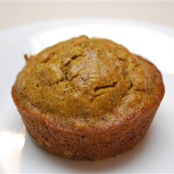 Good Toddler Muffins – These lightly sweet muffins are made with bananas, squash