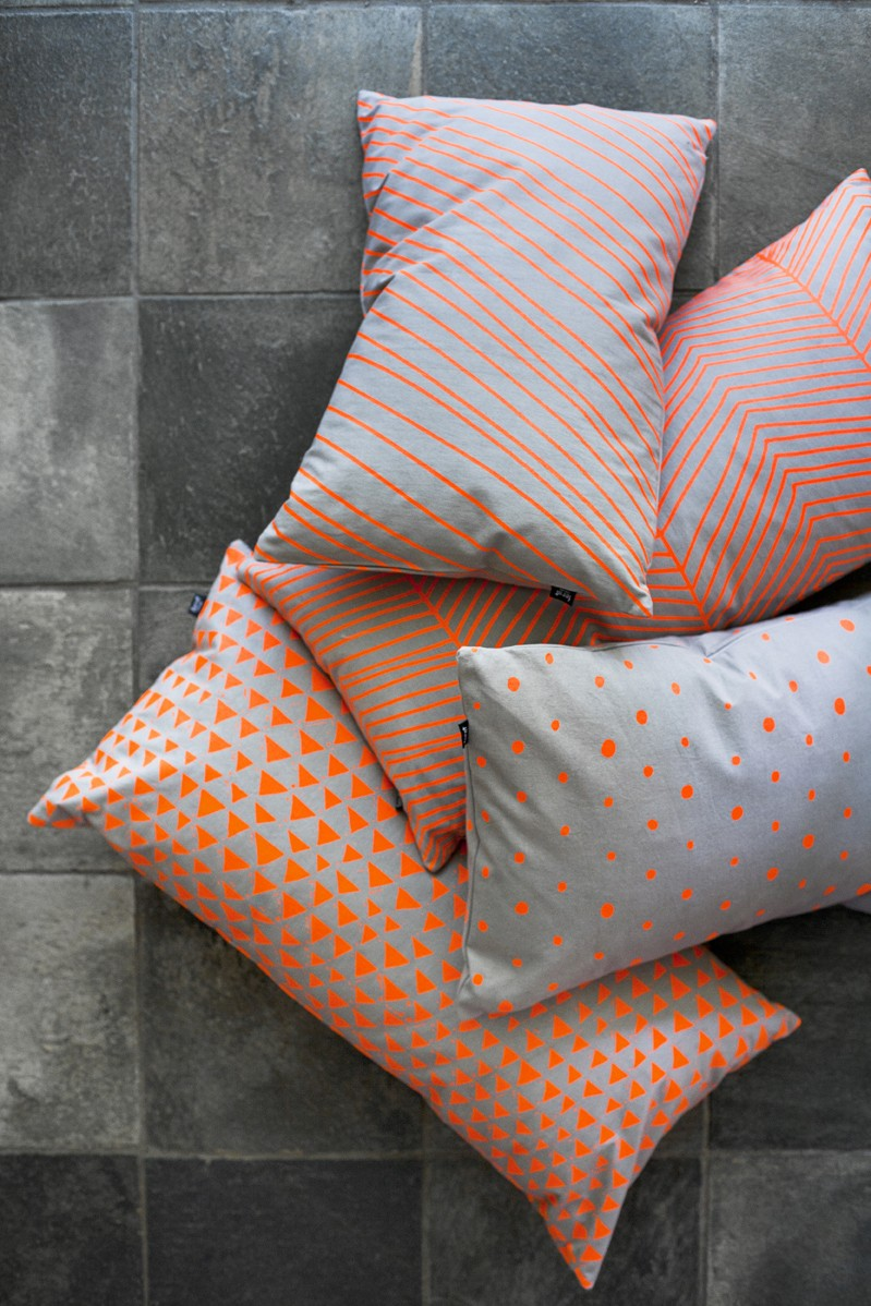 Dotted Cushion – Neon- Ferm Living