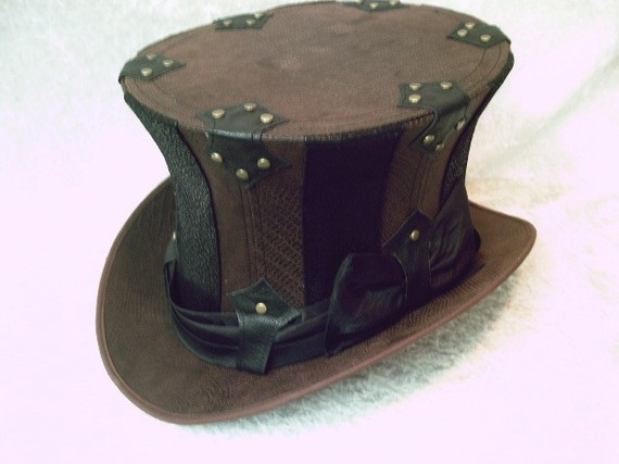 Steampunk hats and other ladies top hats  :)