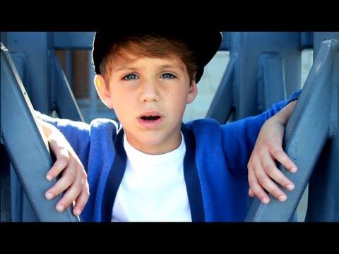 Justin Bieber – Boyfriend matty b raps (so cute:)