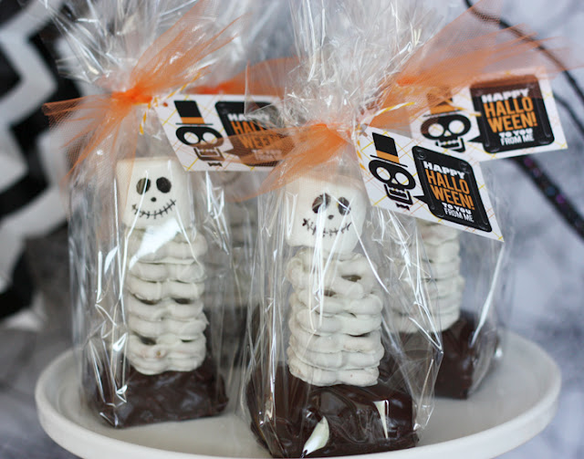 Skeleton Halloween dessert