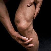 Cure Runner's Knee Here's how to get rid of this painful runner's ai