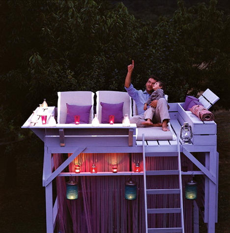 Turn an old bunk bed into a star gazing tree-house! I love this! yeaaaah!!