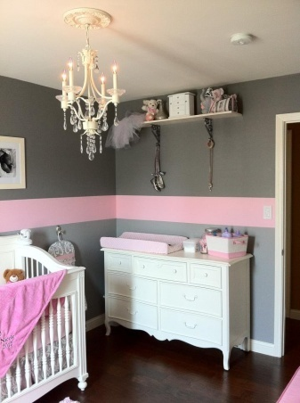 Grey with a single Pink stripe around the room – LOVE!