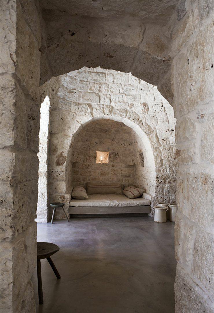 By Luca Zanaroli Architetto, Italy