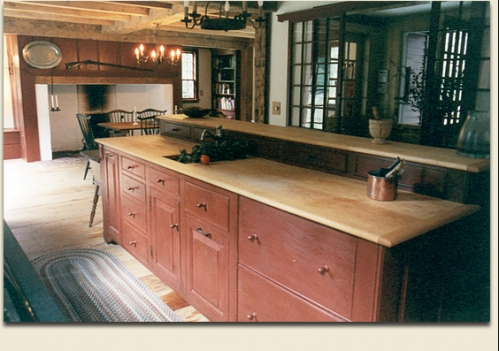 Colonial kitchen. #kitchens #fireplaces