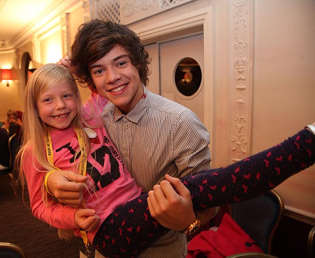 Ellie and Harry Styles.
