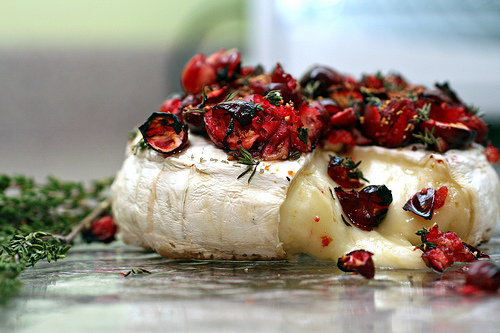 Baked Brie with Cranberries – mmm….bri